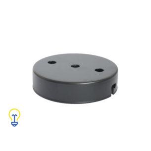 Plafondkap zwart met 3 gaten. Deze platte cilindervormige plafondkap is zwart en heeft 3 gaten.Afdekplaat compleet geleverd met montagebeugel en trekontlasters.